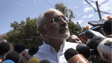 Mesa plantea declarar desastre epidemiológico por el COVID-19 en Santa Cruz y Beni
