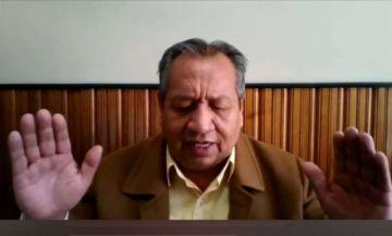 Santos Ramírez, expresidente de YPFB, predica como pastor a través de redes sociales