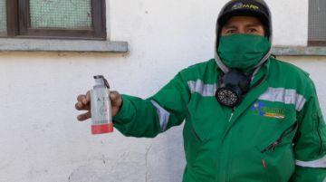 Hallan capsula de gas lacrimogeno en un basural