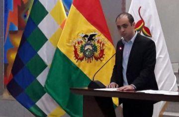 Mostajo anunció la compra de respiradores el 5 de abril y dice que pertenecían a un lote que no tiene nada que ver con los 170 de la polémica