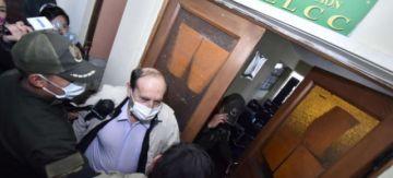 Fiscalía pide tres meses de detención preventiva para exministro Navajas