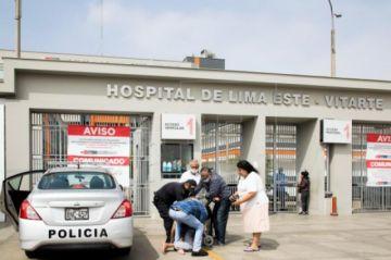 Angustia y desesperación envuelven a los hospitales de Perú cada día de pandemia