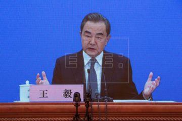 China acusa a EEUU de llevarle al borde de una nueva guerra fría