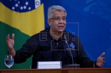 Renuncia la cabeza detrás de la estrategia contra la pandemia en Brasil