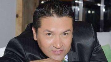 El periodista Marcos Montero está con ventilación artificial y sigue a la espera de un donante de plasma