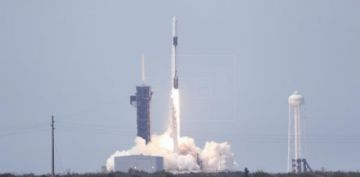 SpaceX inicia la era de las misiones comerciales al espacio