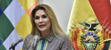 Añez anuncia la eliminación de tres Ministerios y el cierre de dos Embajadas