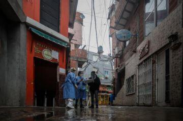 Argentina sigue ascenso en muertes diarias por COVID-19, con 29, y ya son 693