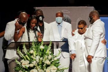 """Estados Unidos despide a George Floyd en un funeral privado por 'el cambio"""""""