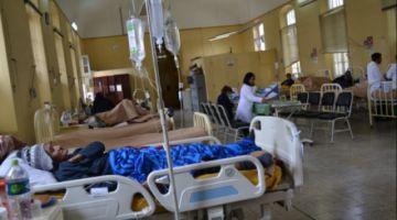 Intensivistas alertan que equipos de bioseguridad y fármacos para pacientes críticos se agotan