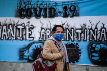 Positivos diarios de COVID-19 siguen en aumento en Argentina con 1.226 nuevos