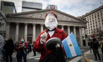 """Buenos Aires advierte que lo peor de la pandemia """"está por venir"""""""