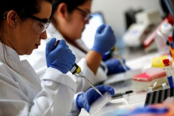 Italia, Países Bajos, Alemania y Francia firman contrato para la compra de vacunas contra el coronavirus