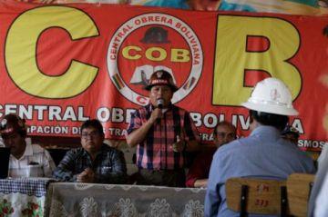 COB ve que el gobierno hunde al país en la crisis y se declara en estado de emergencia