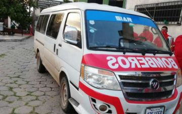 Santa Cruz: cae banda que fumigaba casas y usaba un vehículo con el nombre de Bomberos