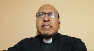El padre Miguel Albino comparte su oración de domingo y la hoja dominical