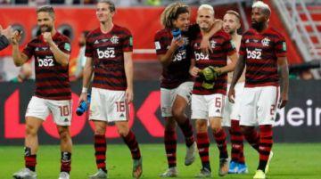 """Vuelve el fútbol en Brasil con la reanudación del torneo """"carioca"""""""