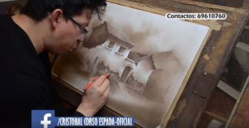Corso Espada vuelve a mostrarse pintando
