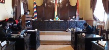 El Concejo Municipal sigue sesionado en Potosí