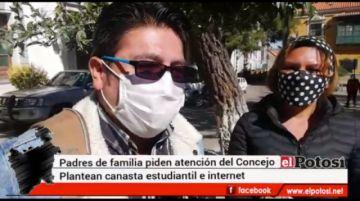 Padres de familia en Potosípiden atención al Concejo