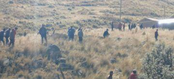 Pobladores evitan el ingreso de FF.AA. a Misicuni y el Gobierno dice que se gesta un golpe de Estado