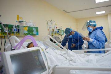 Ecuador suma otros 457 casos de COVID-19 pero Guayas, la más golpeada, solo tres