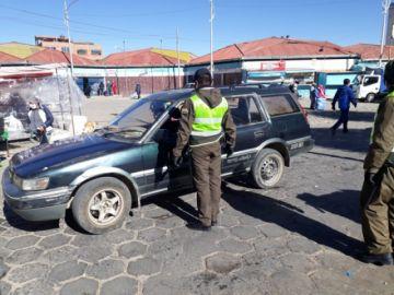 Policía realiza el control a motorizados en las calles de Potosí