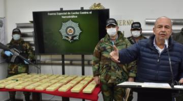 """Tras secuestro de droga y explosivos, Murillo apunta al MAS por """"narcoterrorismo"""""""