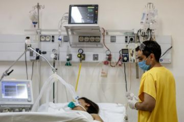 Aumento de casos graves de COVID-19 en Argentina alerta al sistema sanitario