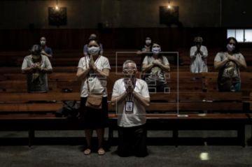 Las iglesias de Río ofician misa presencial después de tres meses de vida virtual