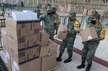 Labor titánica de un almacén militar para dar batalla a la COVID-19 en México