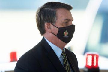 Bolsonaro veta también la obligación de que presos usen máscaras en la cárcel