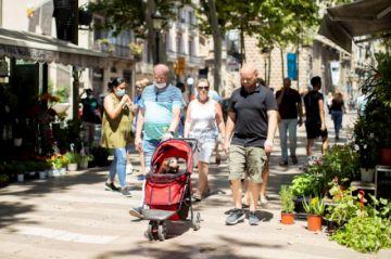 España vuelve a los confinamientos comarcales sin lograr inmunidad de grupo