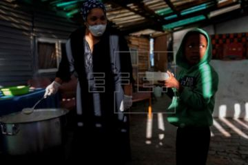 La pandemia se dispara en Sudáfrica con más de 3.300 muertos y 200.000 casos