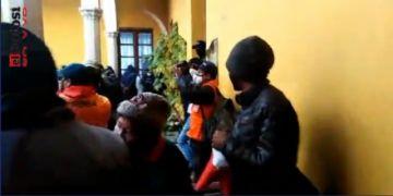 Nuevamente hay protestas contra los concejales en Potosí