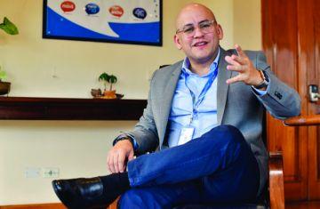 Emiten orden de aprehensión contra el exgerente de Entel, Elio Montes