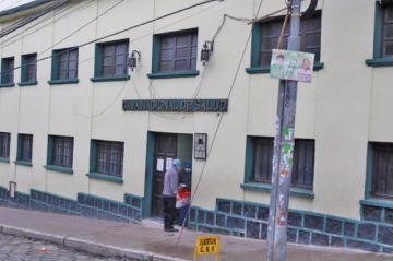 Se confirma dos fallecidos por COVID-19 en el Centro de la CNS en Potosí