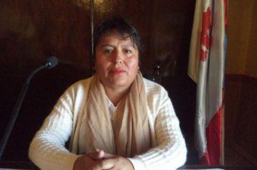 Carmona presenta su nota de reincorporación al Concejo Municipal