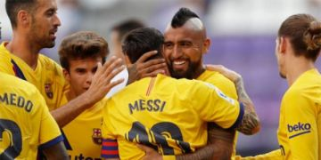 Vidal y Ter Stegen mantienen vivo al Barcelona
