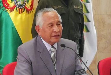 """Cárdenas: en 2020 no habrá """"ni un solo estudiante reprobado o aplazado"""""""