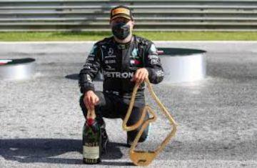 Hamilton consigue en Austria su primera victoria en la temporada