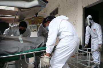 Los fallecidos por COVID-19 ya superan a los asesinados en 2019 en México