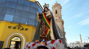 La Virgen del Carmen lleva fe a los hogares potosinos en medio de la pandemia