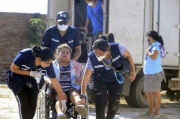 """""""Ángeles"""" voluntarios atienden a pacientes con COVID-19 en Santa Cruz"""