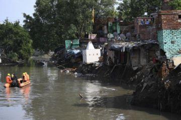 Un  monzón deja unos 200 muertos en el sur de Asia