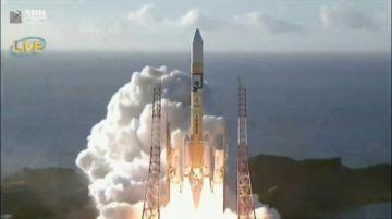 La primera misión espacial árabe hacia Marte despegó desde Japón