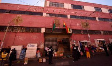 La Paz: Deciden cierre preventivo del mercado Yungas tras casos sospechosos de COVID-19