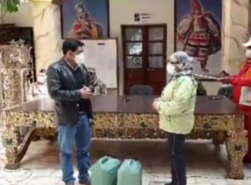 Gobernación de Potosí entrega al Sedes 40 litros de dióxido de cloro