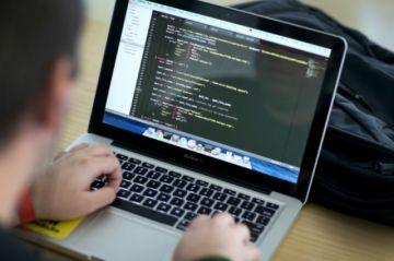 Hackers chinos quisieron robar investigación del coronavirus, según Estados Unidos