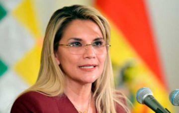 Añez afirma que cumplirá la fecha de elecciones que fijen el TSE y la Asamblea
